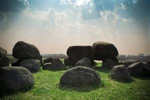 stones - 3 ways to live life